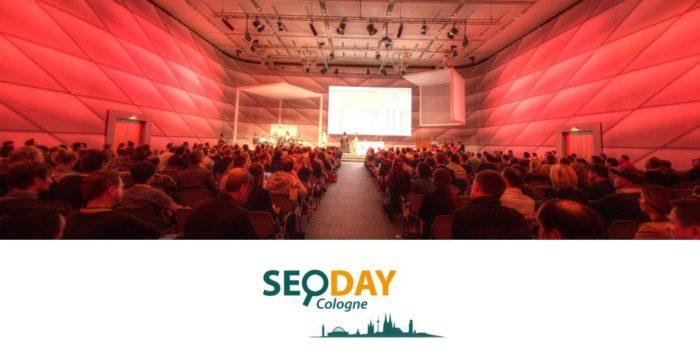 Zu sehen ist ein Veranstaltungsraum des SEO-Days