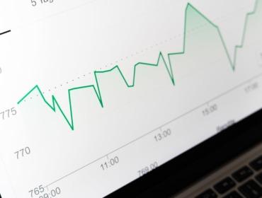 Titelbild Google Analytics 4 Conversions einrichten